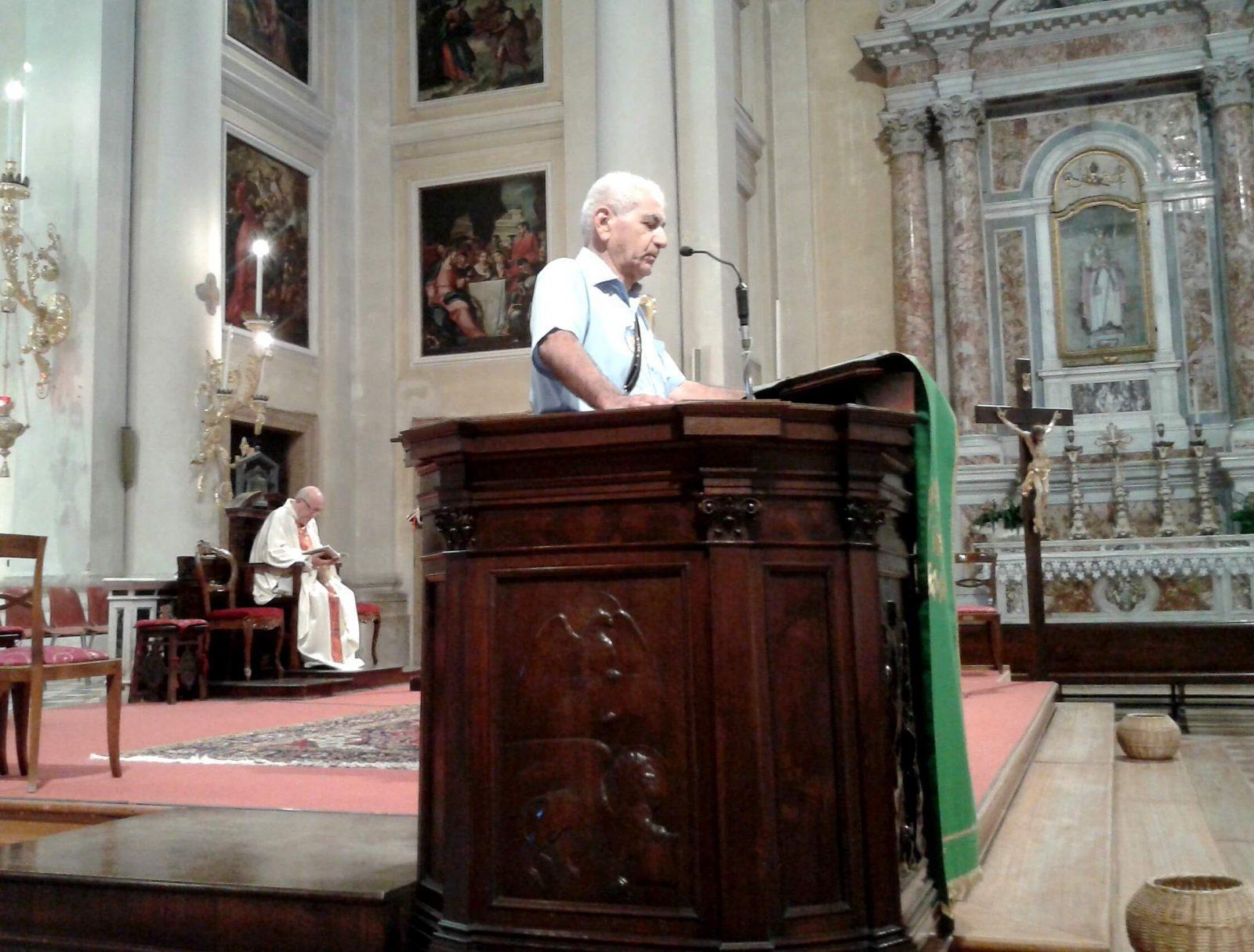 Gino Caron interviene prima della S.Messa